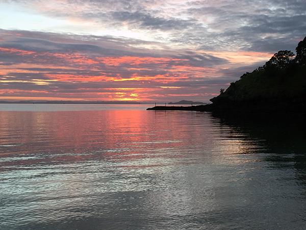 Sunrise from Cheltenhma Beach Devonport New Zealand