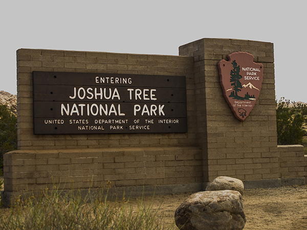 joshua tree national park sign